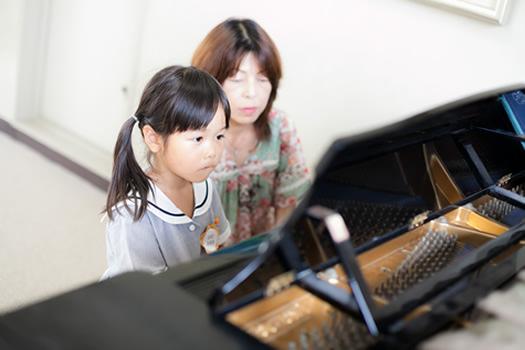 ピアノレッスン イメージ